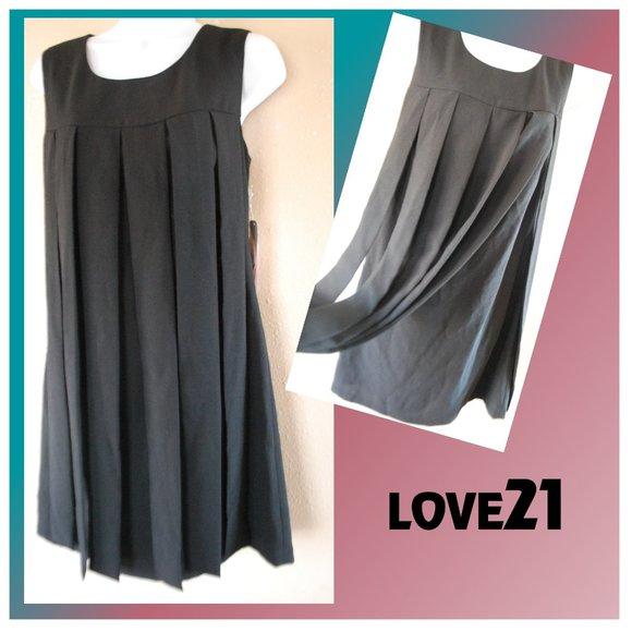 LOVE21 Dresses & Skirts - BLACK EVENING DRESS